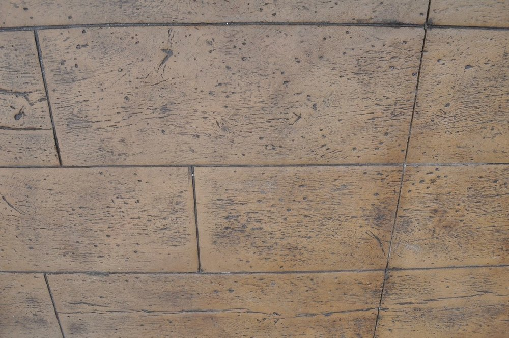 16 in. reclaimed timber stamp, mesa buff base, dark walnut release