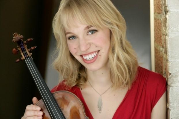Robyn Bollinger, violin