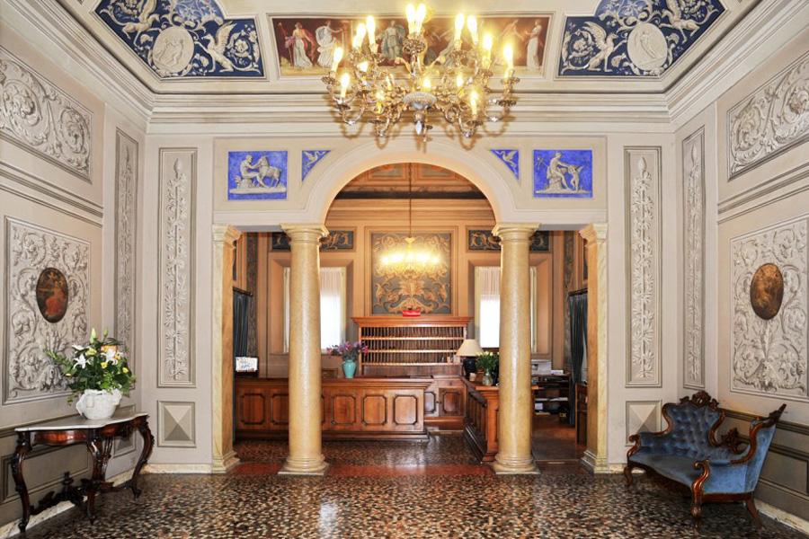 canalgrande-hotel-4.jpg