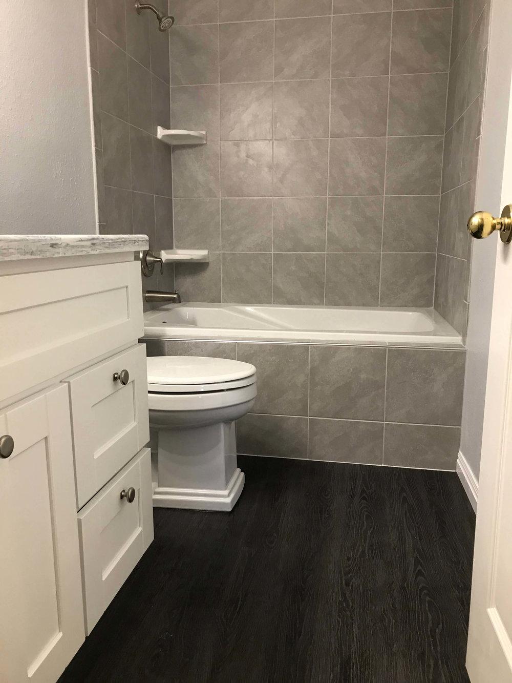 big-yeti-builders-bathrooms-09.jpg