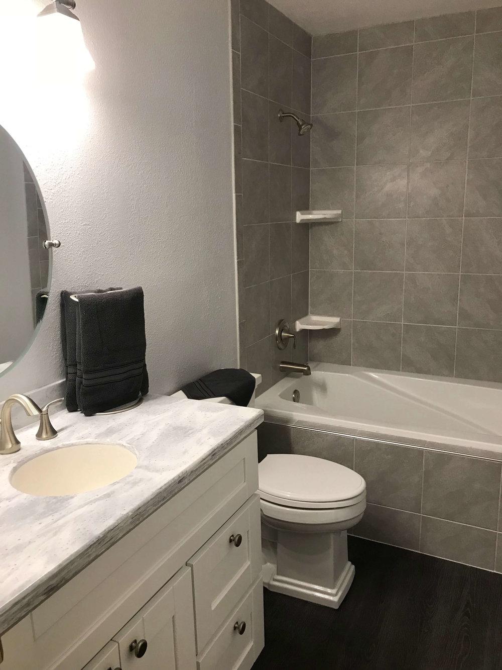 big-yeti-builders-bathrooms-10.jpg