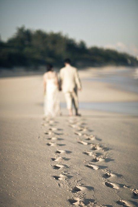 8-Beach-Wedding-Photography-Ideas-33.jpg