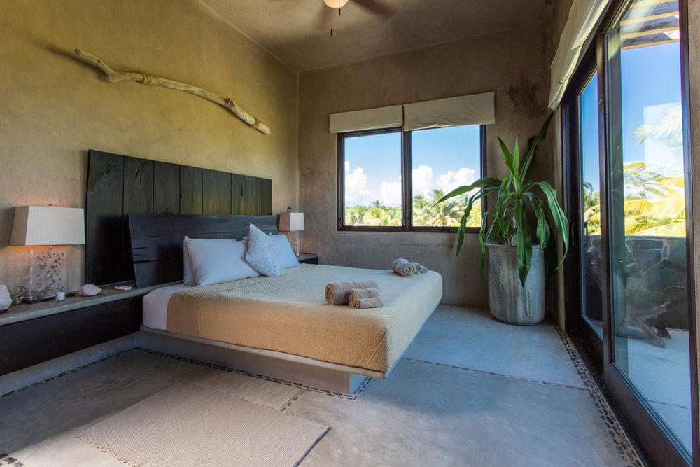 SUITES + ROOMS