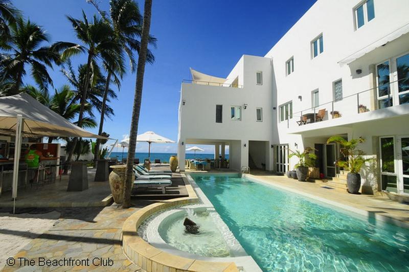 aloha-yoga-retreat-mui-ne-swimming-pool.jpg