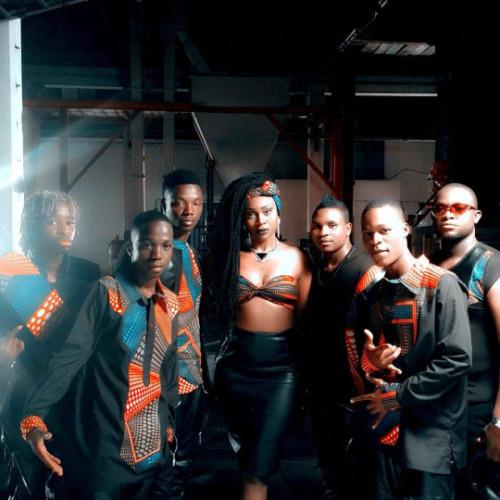 """12. Lizha James & Afro Madjaha, """"Xingomana (Remix)"""""""