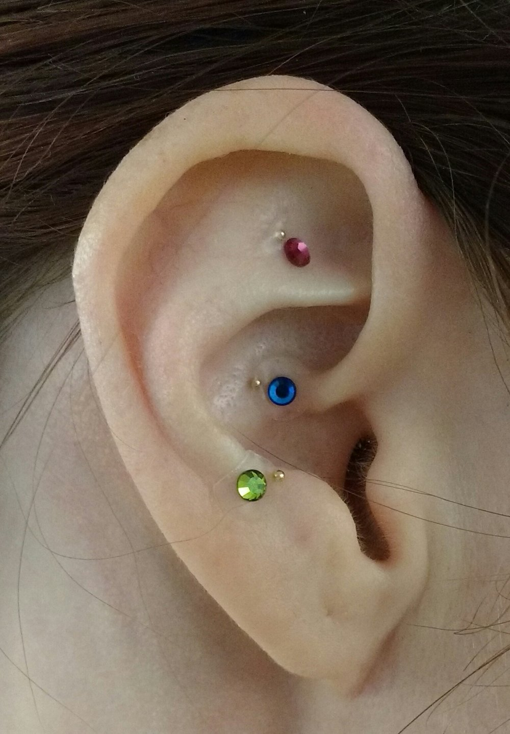 - Most of my patients go home with ear seeds so they can give themselves acupressure on key points that help relieve stress, anxiety, cravings, and pain. I offer a barely noticeable type or these beauties enhanced with Swarovski crystals for extra-sparkly self-care.