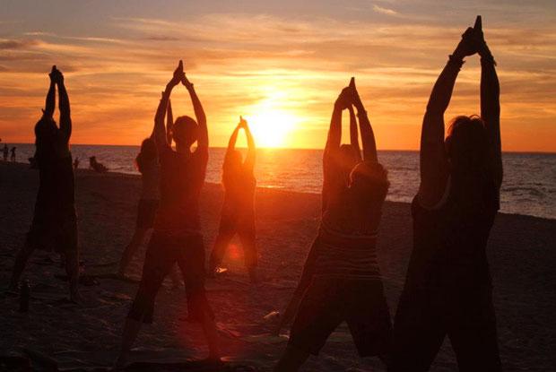 Yoga-Crew.jpg