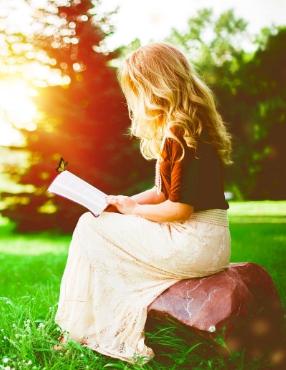 Blogger eller bokanmelder? Bestill bok for anmeldelse via vårt kontaktskjema.
