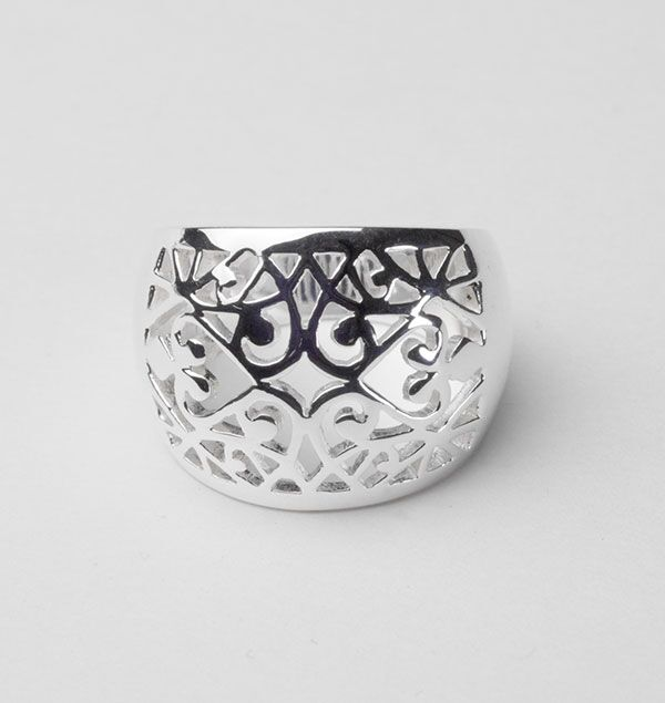 Southern Gates Domed Scroll Ring