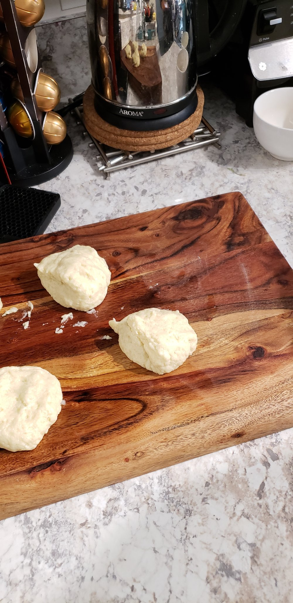 Divide dough in 4 balls…or 8 or 16 if you want to make smaller sized or individual servings