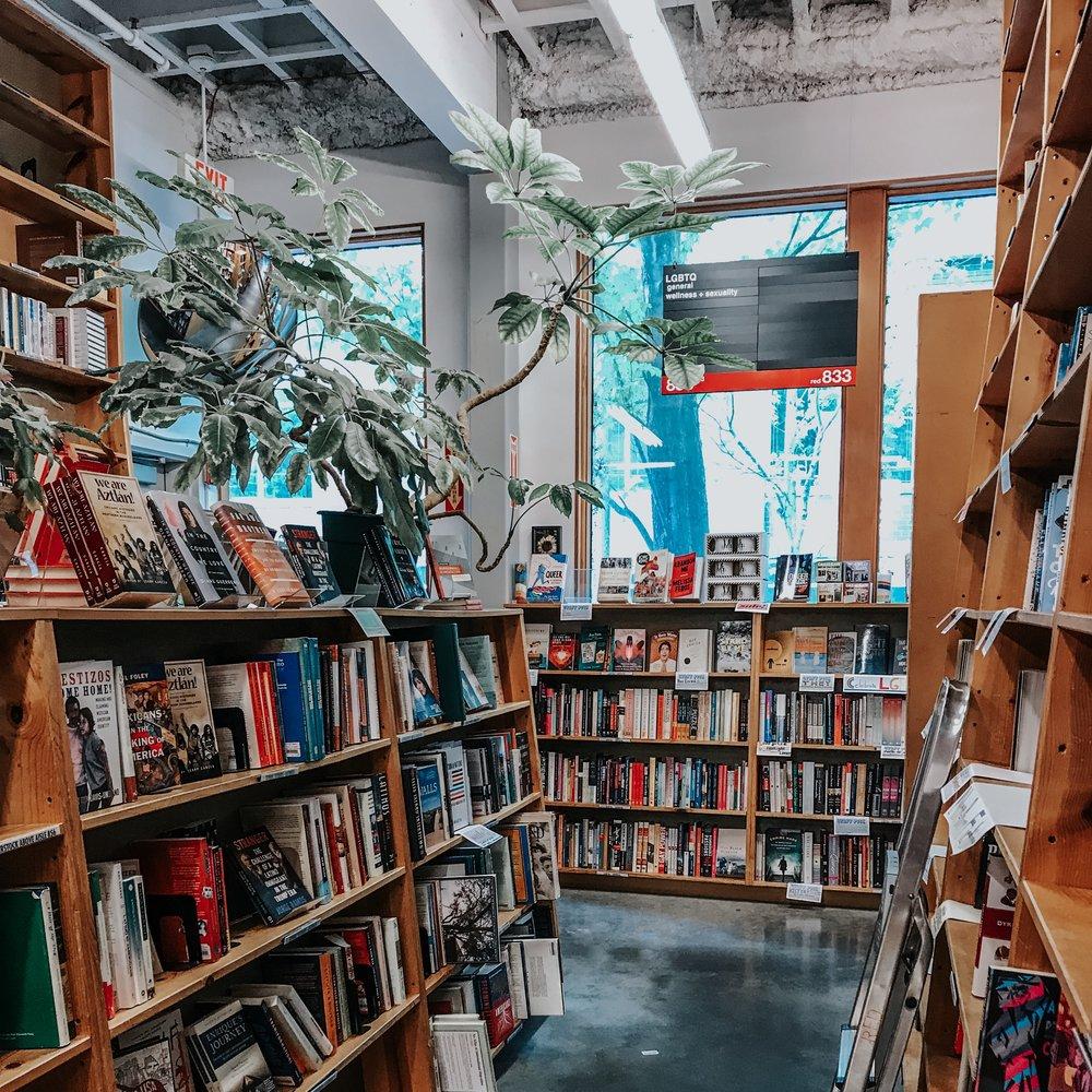 Powell's City Books - Portland, OR
