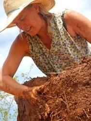 Liz-Johndrow-Founder-Nicaragua-Pueblo-Project.jpg