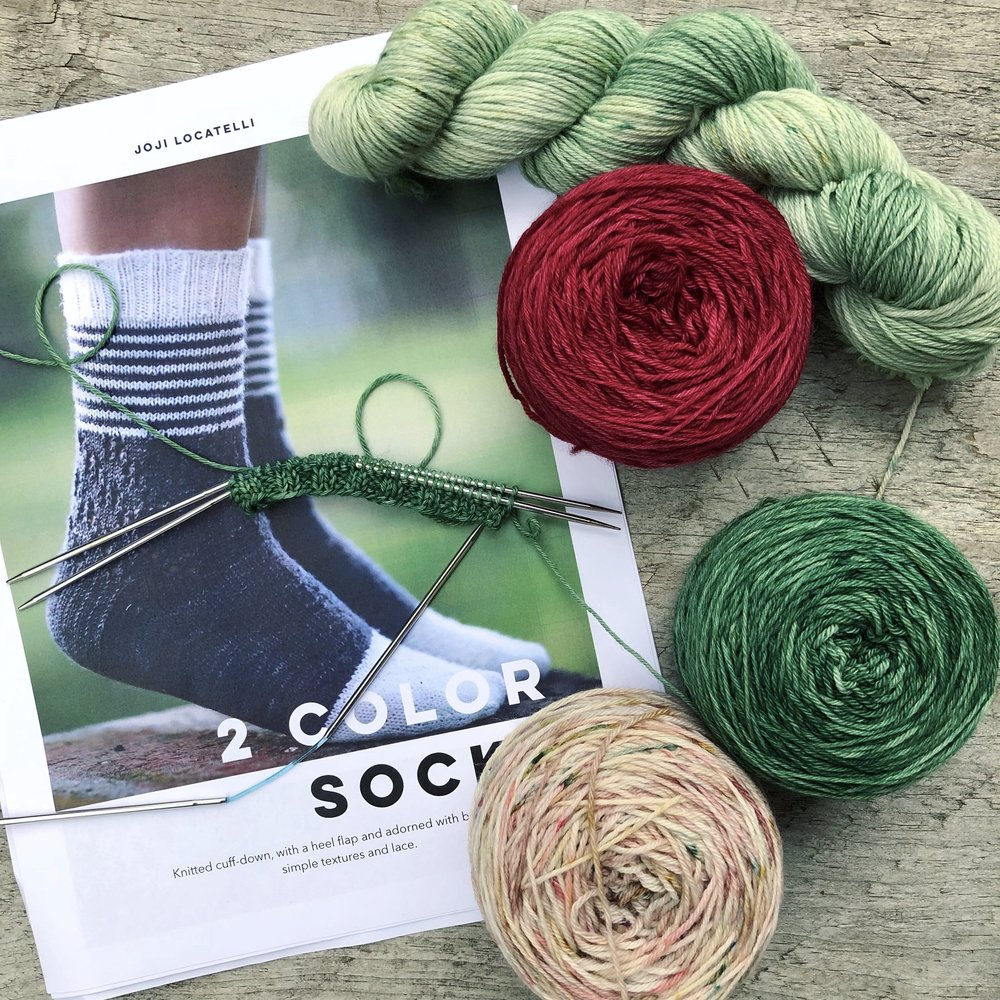 Olann-Gra-2-color-sock-kits-1.jpg
