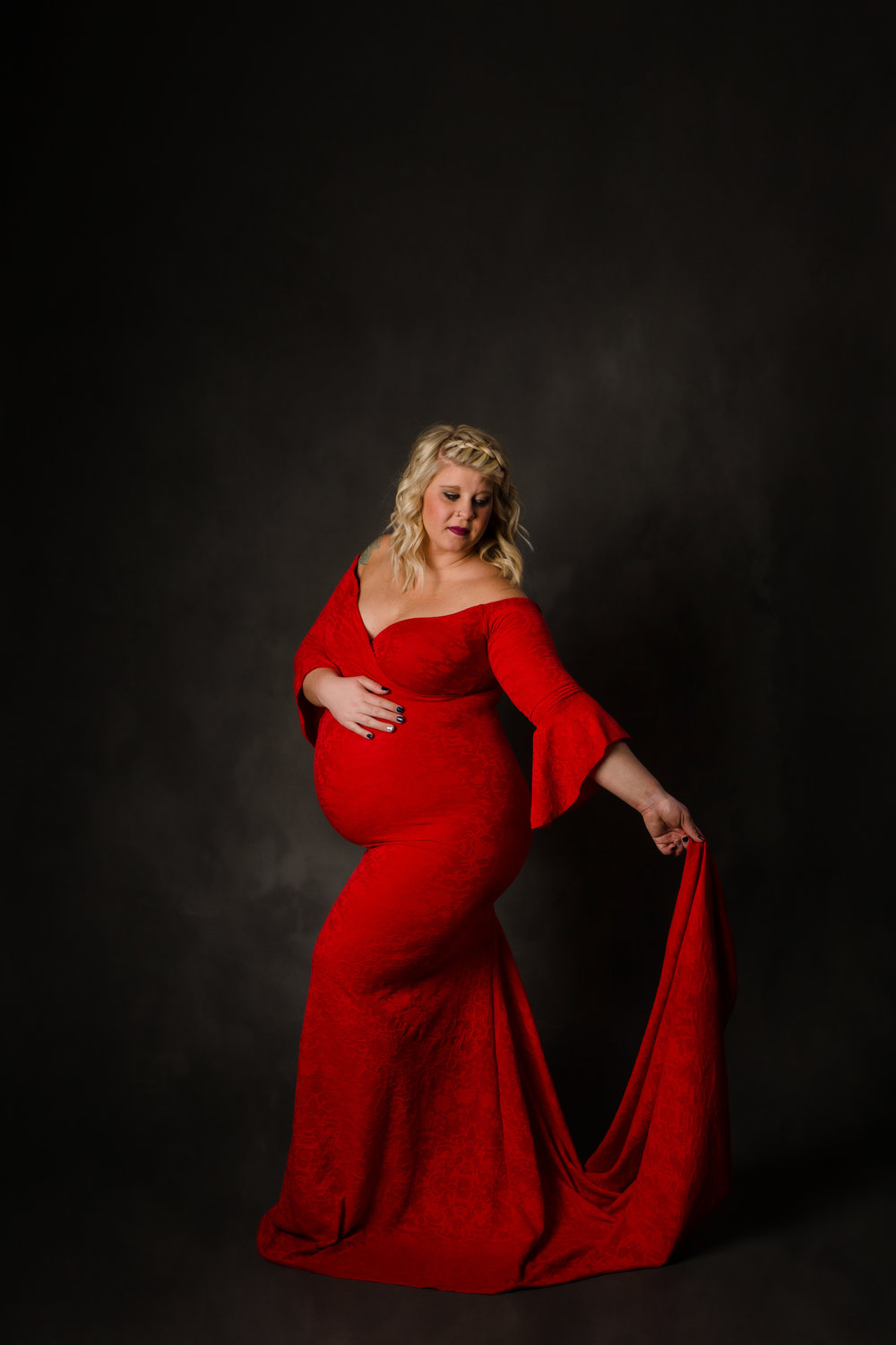 Best Maternity photographer in columbus ohio