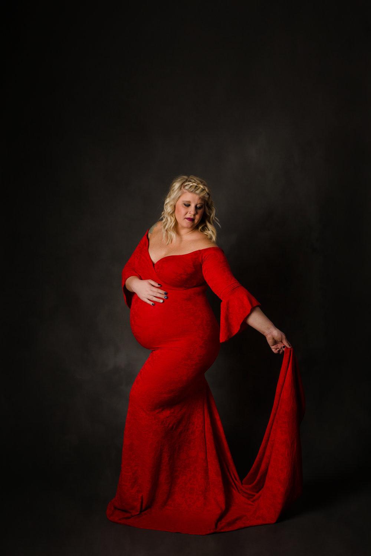 Maternity photographer columbus ohio