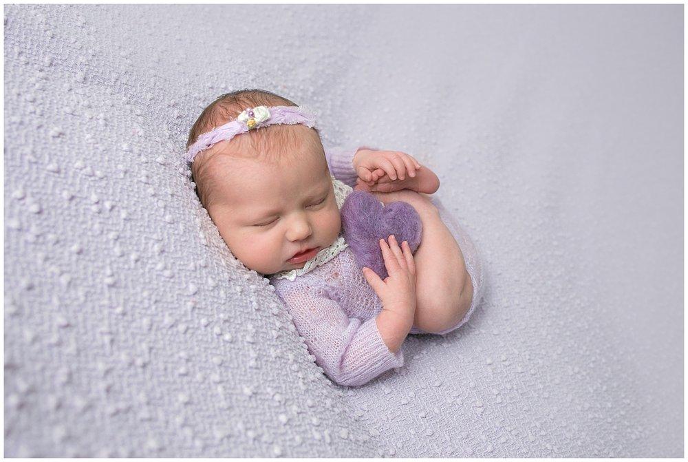 Newborn photographer columbus ohio_0297.jpg