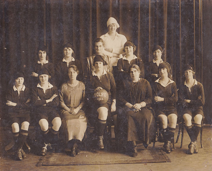 Brisbane City Ladies' Football Club, 1922 - (www.withtheballatherfeet.com.au)