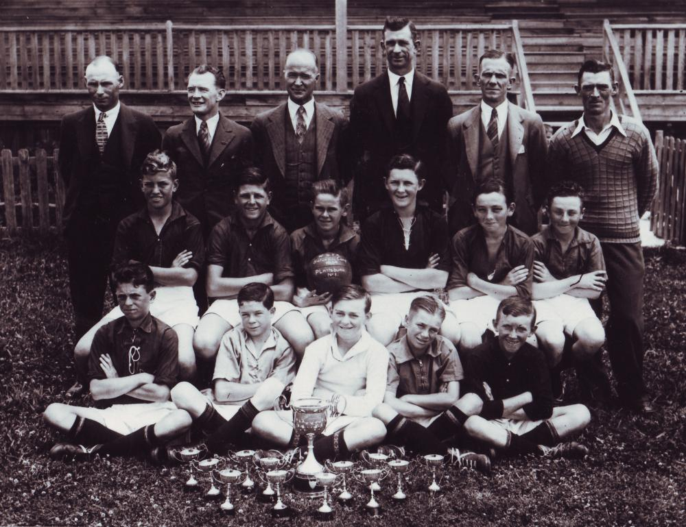 Plattsburg Public School, 1934. A nursery of talent. Australia footballer Reg Date is on the extreme left in the front row. Photograph: Dr Philip Mosely by courtesy of Thomas Lovett. - Reg Date bagged a staggering 664 goals in his career, either side of the Second World War, scored 11 goals in just eight appearances for Australia(www.theguardian.com)