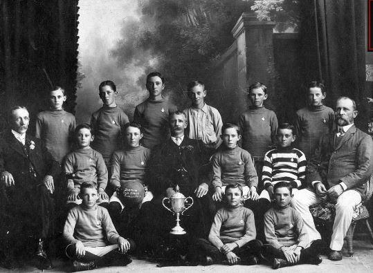 Dinmore State School,soccerteam, Dinmore, Ipswich, 1912   - (Ipswich Libraries)