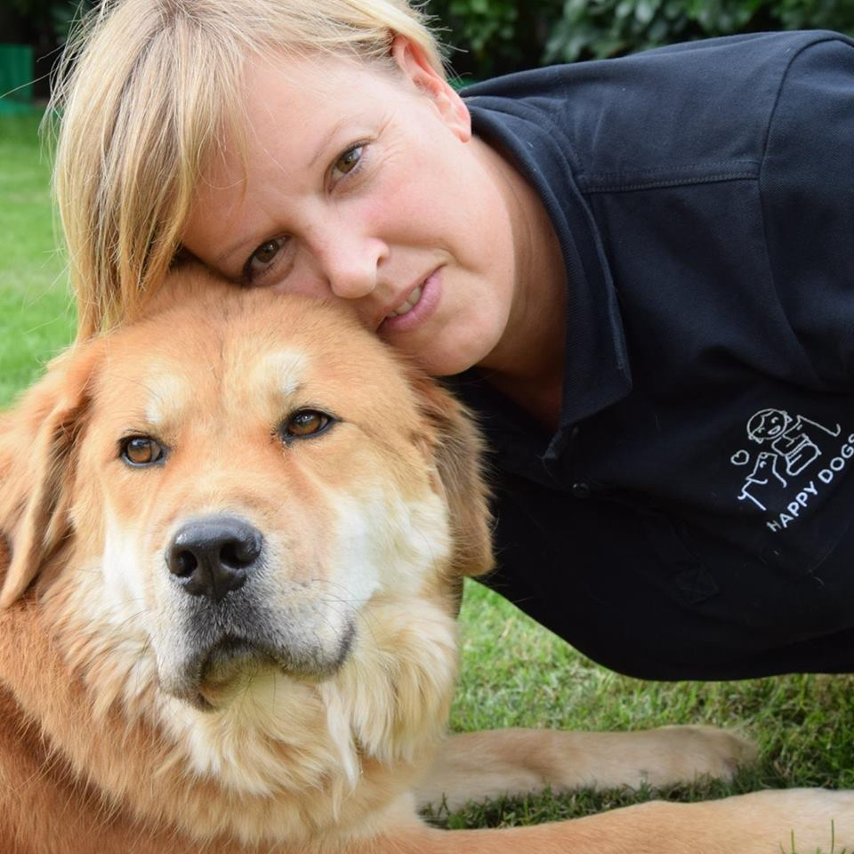 Verena Nestico´ - Proprietaria e Educatrice - Addestratrice/Bestizerin und Hundetrainerin