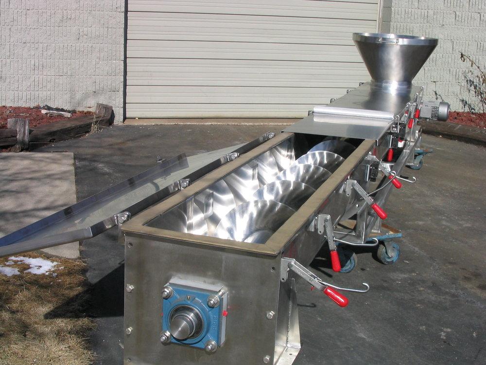 Screw Conveyor 2-12-05 006.jpg