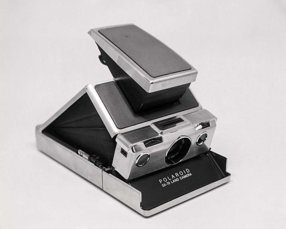 2017-LF010-Polaroid-SX-70.jpg