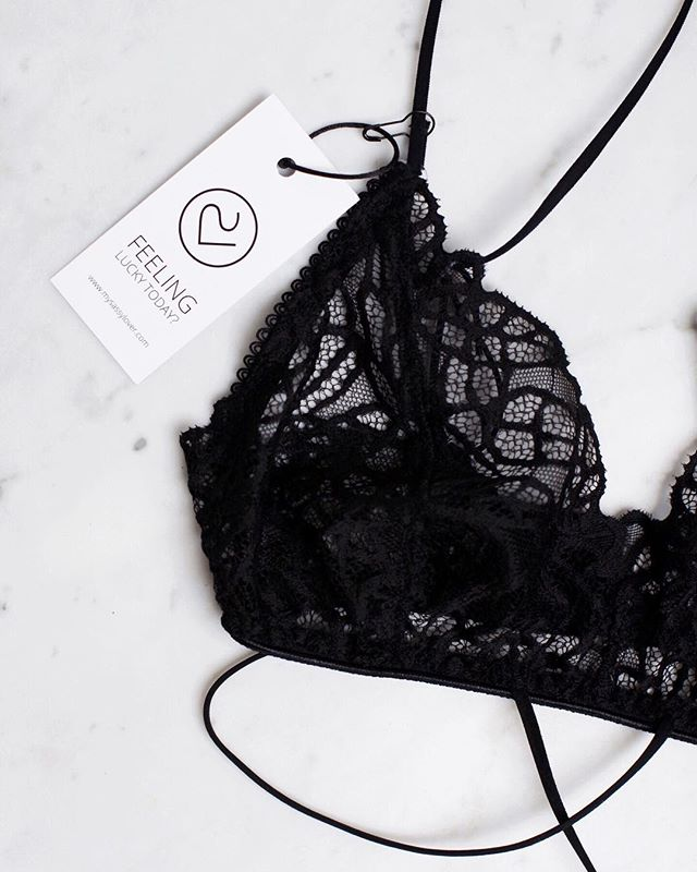 More black 〰️ #blacklingerie #loveit #mysassyloverintimates #bralette #black #feelingluckytoday  ____________________________________________  #intimates #lingerielife #lingerieaddict #lovelace #lace #lovelingerie #lacebralette #delicate #essentials #handmade #instalingerie #bloggerstyle #blogger #luzern #switzerland #instastyle #lingerieblogger #swisslabel #mood