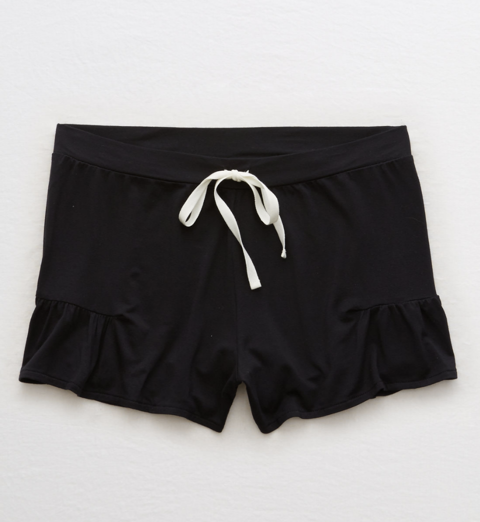 aerie ruffle short.png