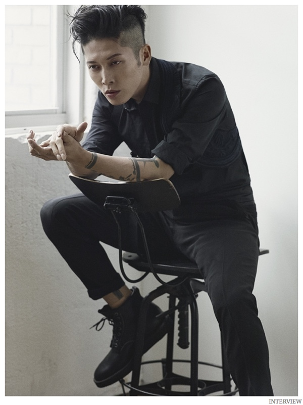 Miyavi-Interview-Magazine-December-2014-January-2015-Photo-Shoot-003.jpg