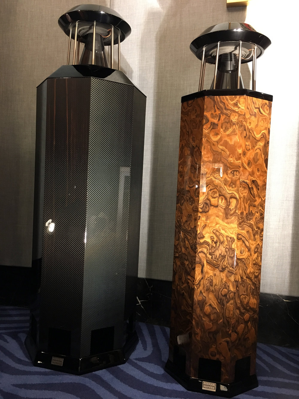 Carbon Mk IV & HRS-120 SE in French walnut cluster | Shanghai Show 2018, China