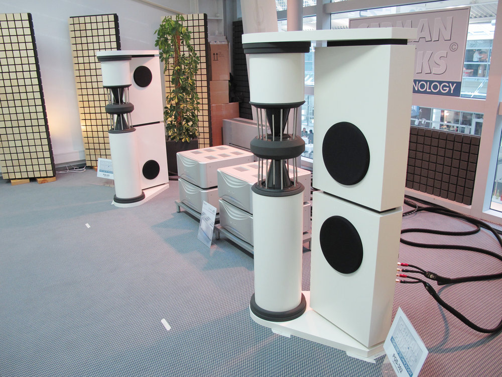 PQS-302 loudspeakers with Esoteric electronics | Munich Hi-Fi Show 2014, Germany