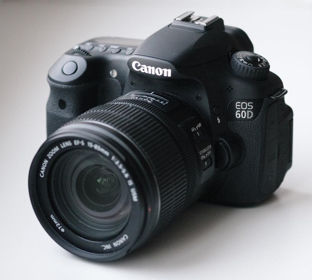 image source:https://en.wikipedia.org/wiki/Canon_EOS_60D