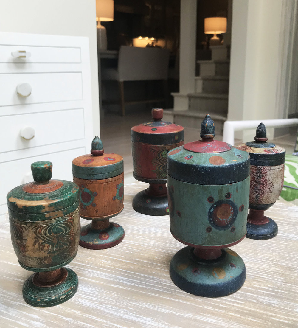 Above is a collection of saffron jars purchased from a wonderful store in Santa Fe. They are hand-painted wood and anything with marbling instantly attracts me.