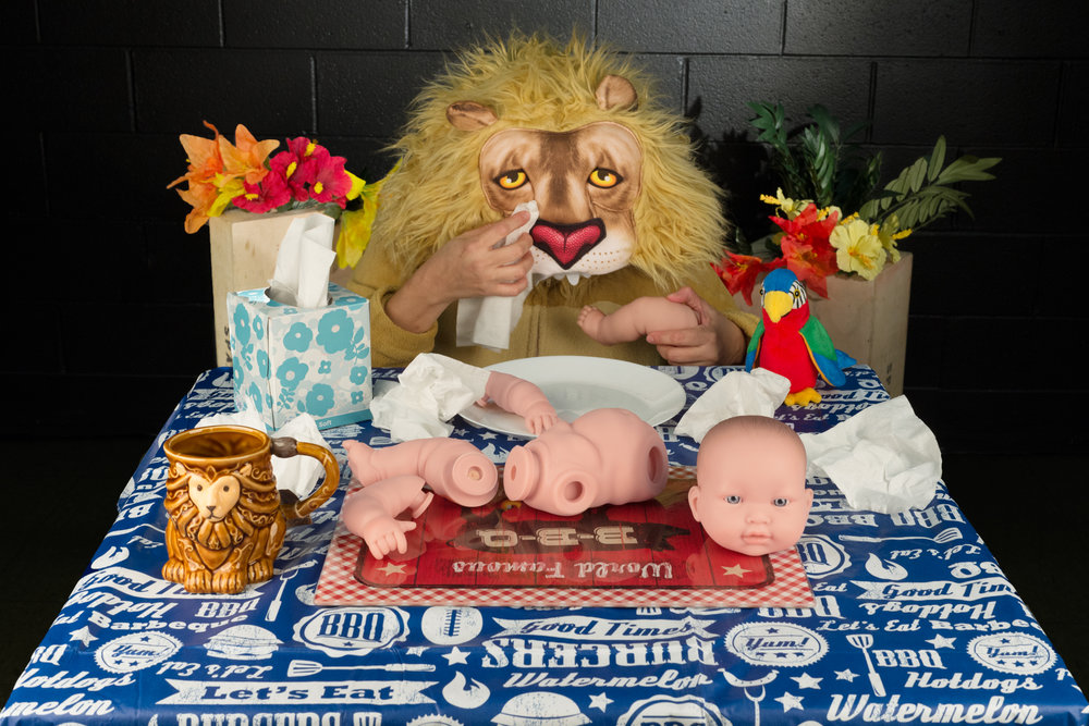 Sad Little Lion has to eatz