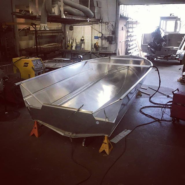 One of our 1800 Hardtop models in the early stages of the build. Our welding/fabrication department is meticulous with every detail on every boat we build, large or small. That's why we're the best in the West. #lifetimerboats #lifetimer #aluminumboat #hardtop #builttolast #oftenimitated #westcoast #fishing #adventure #explore