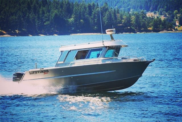 Don't want to jinx it, but it sure feels like spring out on the West Coast right now! Hope you get a chance to soak up a few rays. Hit up https://www.lifetimerboats.com to check out how we can get you out on the water in style. #lifetimer #aluminumboat #boatlife #boating #fishing #explore #style #welded #pacificnorthwest #spring #sunsoutgunsout