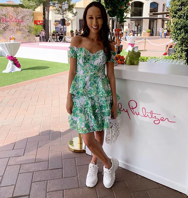Loved celebrating the grand opening of the new @lillypulitzer store with @jdrforangecounty this afternoon// a wonderful brand to have in town especially with my love for prints x