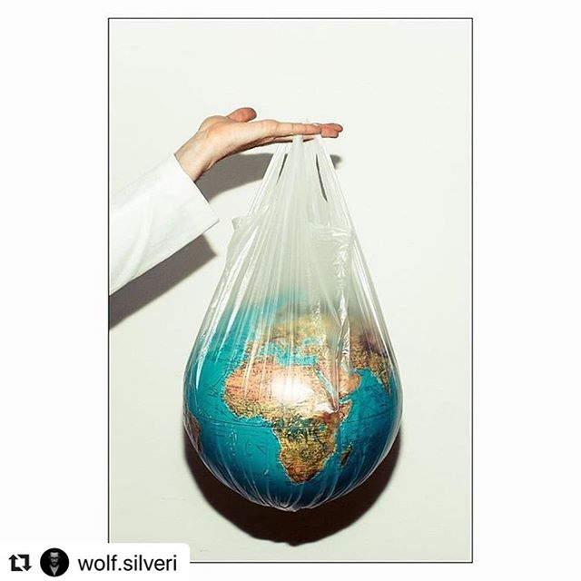 great work by @wolf.silveri that reminds us we are still living in a plastic world. ——— #GoodBlue is the first fish fast food in Milan 100% #plasticfree ——— what will you tell your children or your grandchildren when they will ask you one day: what have you done to avoid plastic waste?  #earth#oneearth#4ocean#planet#life#saveourplanet#dosomething#love#like#comment#picoftheday#theprintswap#follow#me#plastic#bag#waste#trash#garbage#ocean#water #instagood#happy#picoftheday#beautiful @nationalgeographic @greenpeacemagazin @greenpeace @byebyestraws @4ocean @thirzaschaap @greenpeace @wwf @worldoceansday @theoceancleanup @anja_rubik
