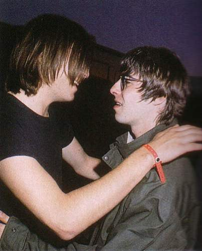 evan dando and noel gallagher 2.jpg