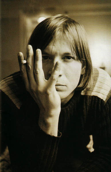 magnet 2003 evan dando with cigarette.jpg