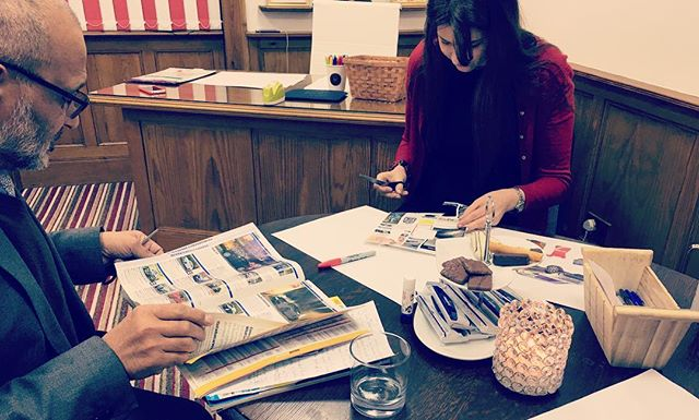 Yesterday I held a private Vision Board workshop for @olgageidane at New Life Kick Start House & Irshad from the Business LAUNCHPAD Mentoring Programme - a great Personal and Business Development session.  #personaldevelopment #businessdevelopment #businesswoman #mentoring #visionboard #entrepreneur #newyearresolution #selfcare #sheffield #eventplanning #goals #goalsetting #mindfulness #businessmentor #businesscoach #startup #startupbusiness #lawofattraction #loa #privateworkshop #visionboardparty #privatecoaching