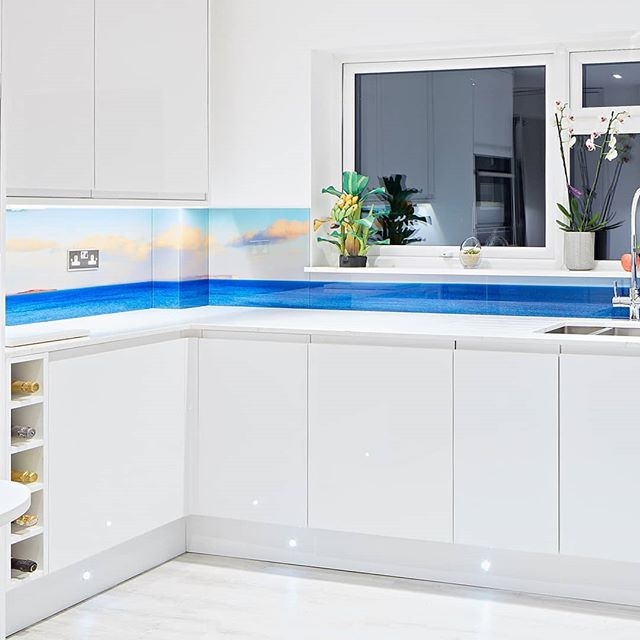 Last September I was commissioned to photograph a panorama to be used as the main feature in a brand new kitchen. The image was to be set behind a glass splash back that ran behind the entire kitchen unit. The desired landscape was pretty much a 180° view from Old Harry rocks to Hengistbury Head. It consisited of 11 stitched images and was printed seven meters in length.  #panorama  #landscapephotography #landscape #kitchensplashback #kitchendesign #kitchen #whitekitchen #creoglass #creoglassdesign  #oldharryrocks #southcoast #hengistburyhead #bournemouth #epickitchen #instakitchen #interiordesign #interiorstyle #kitchenlife #homeinsporation #glasssplashback #splashbacks #dorsetcoast #greatbritishcoast #dorset