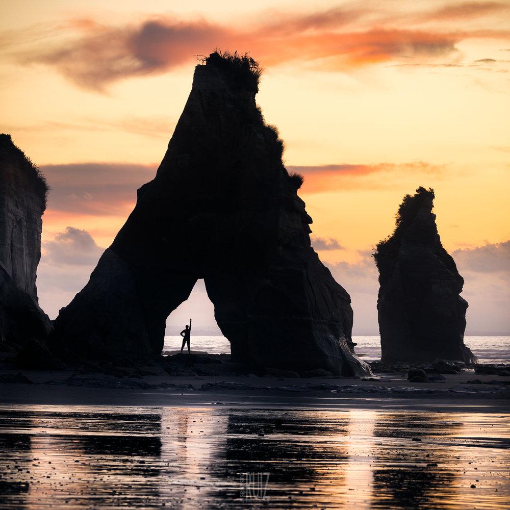 Archway Rock Silhouette / Ernesto Ruiz