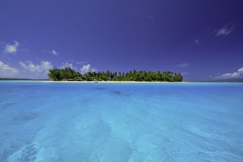 Bora Bora Beach / Jeremiah Cunningham