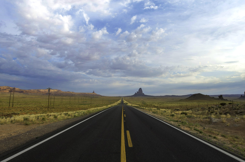Road to Monument Valley / Jeremiah Cunningham