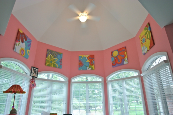 A series of fun paintings for a client's daughter's bedroom. Designs were based on the bedding.