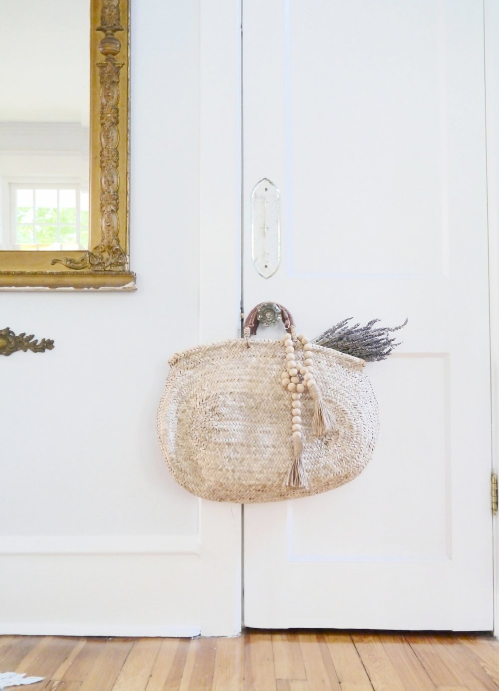 Vintage home decor styling service in South Jersey. Shop our showroom in Haddonfield, NJ for the best vintage home decor, furniture and accessories.