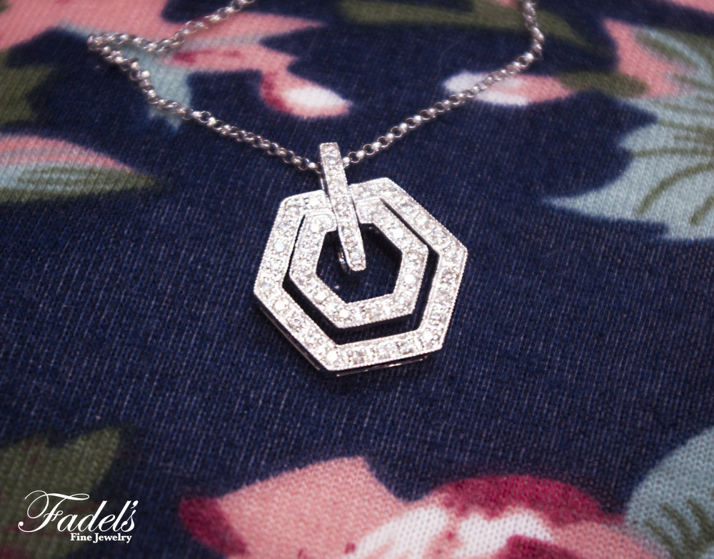 Double octogon diamond pendent.JPG