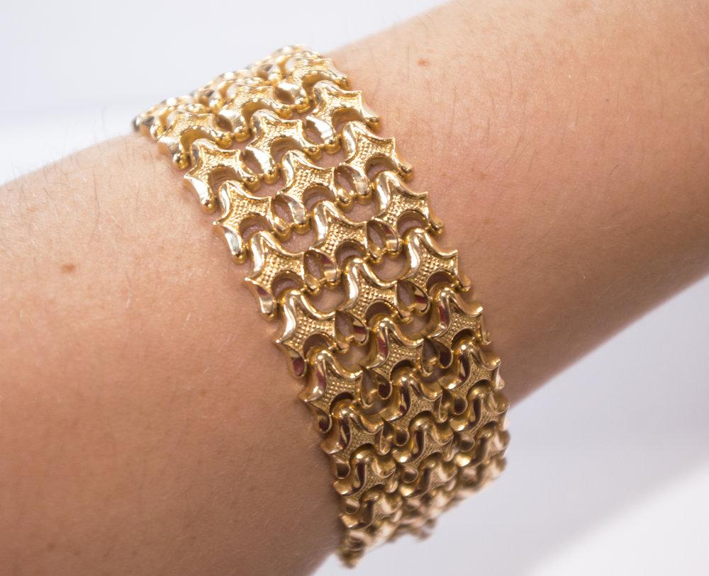 Estate yellow gold bracelet, on wrist.JPG