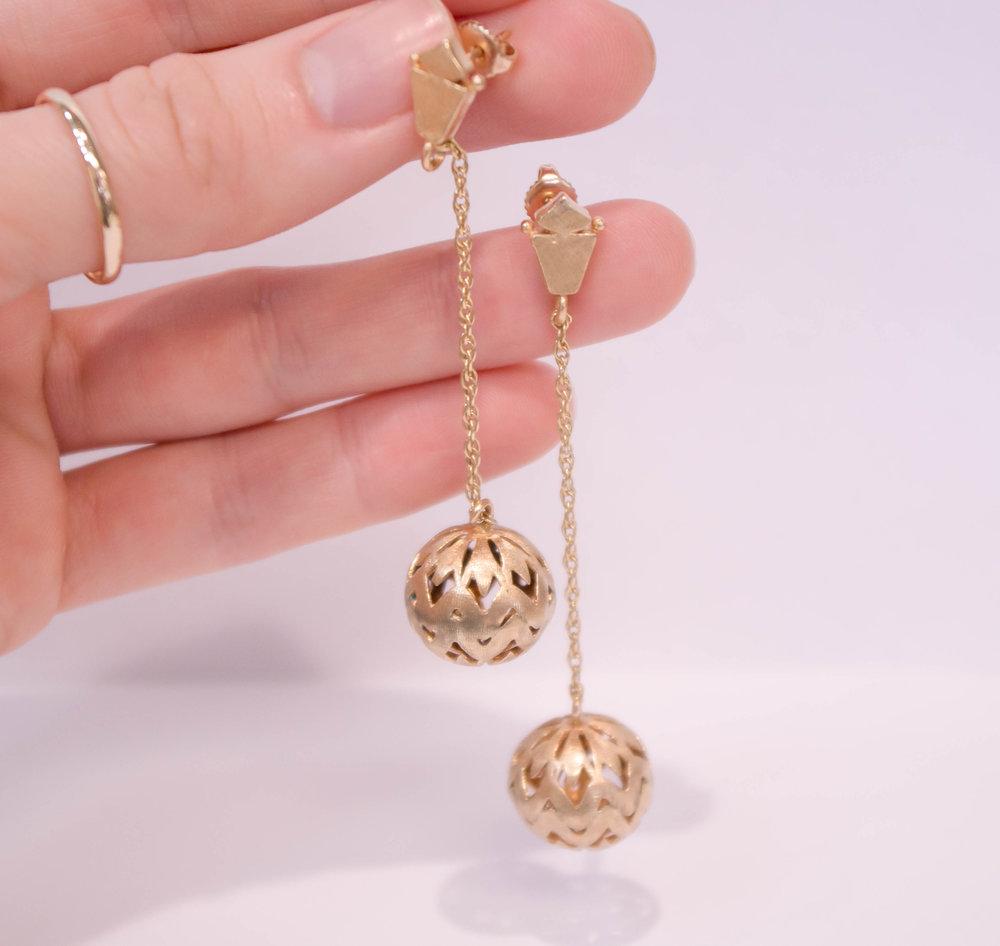 Estate 14KY Dangle Ball earrings.JPG